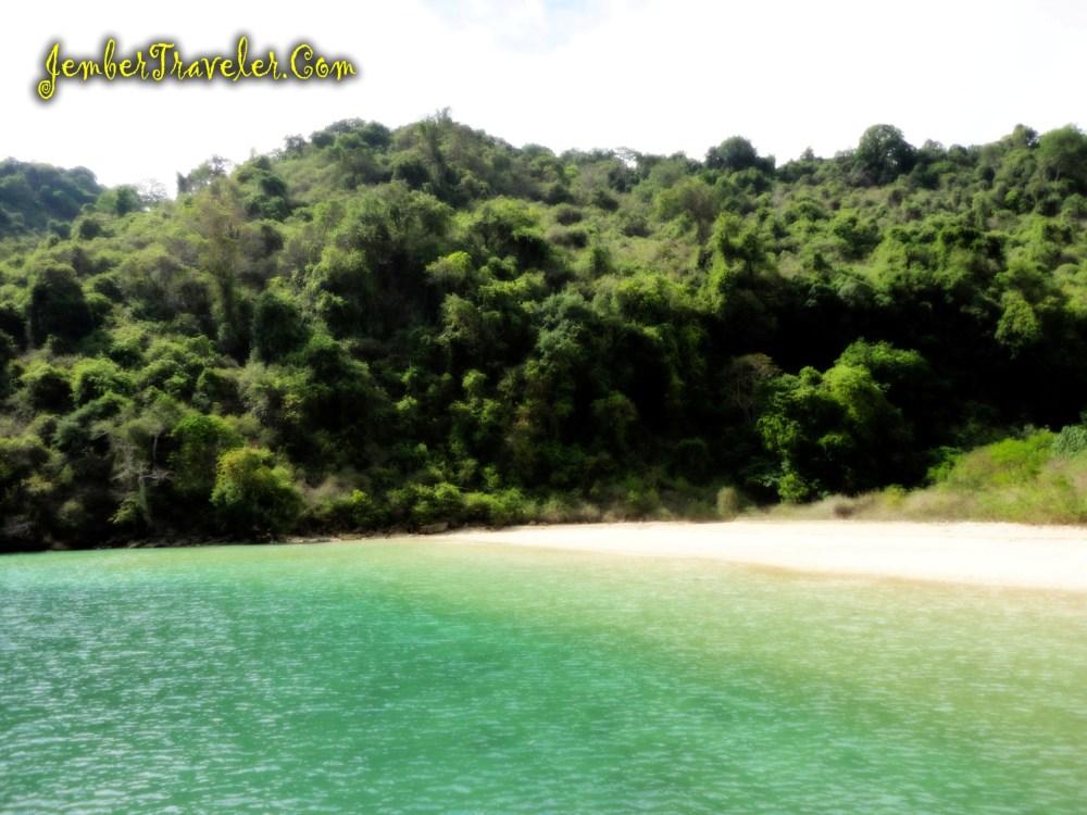 Pantai Papuma ke Pulau Nusa Barong (part Nusa Barong) (5/6)