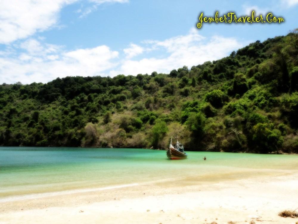 Pantai Papuma ke Pulau Nusa Barong (part Nusa Barong) (3/6)