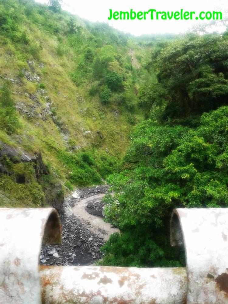 Goa Tetes - Goa atau Air Terjun Sih ??? (3/6)