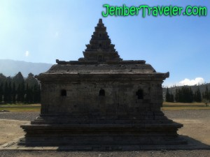 jember traveler PA 03