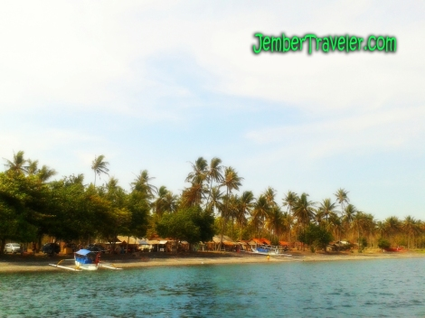 Pantai Watudodol