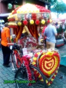 Becak Cinta (full music dan lampu)