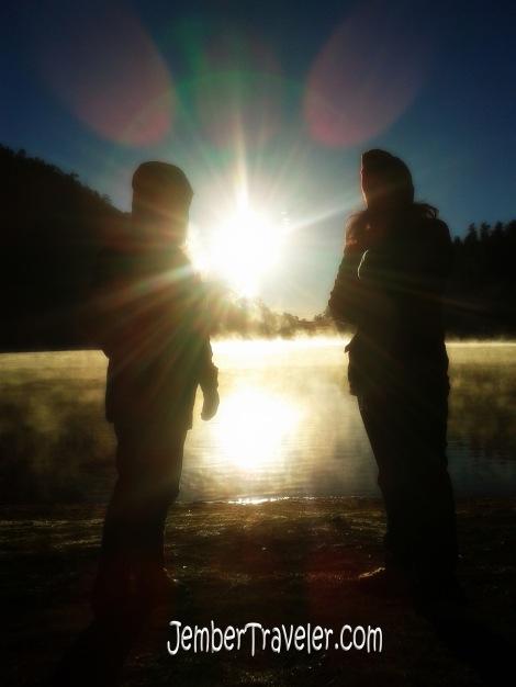 Persahabatan selalu menyinari dingin kehidupan