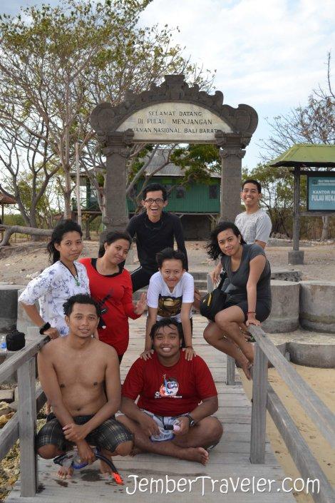 Dermaga Pulau Menjangan