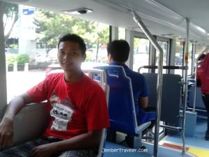 Ini di Jakarta loh, bukan di Korea. *mulai sombong akibat naik bus wisata keliling Jakarta*