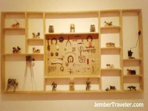 Galeri mainan tentang kekuasaan