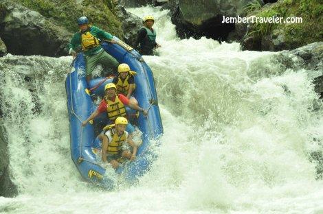 Ndayung Rafting 07