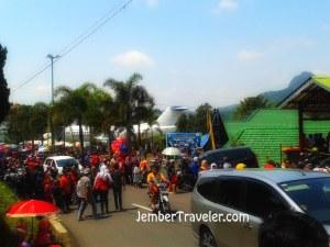 Suasana sebelum arak-arakan datang