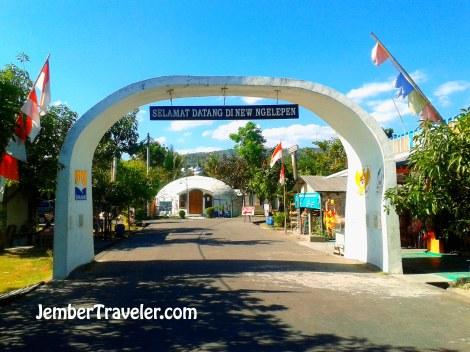 Gerbang Masuk Kampung Dome
