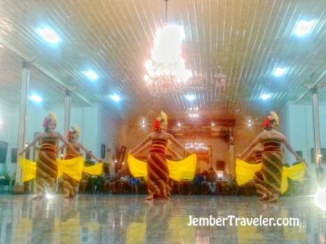 Jember Traveler Tari Klasik 02