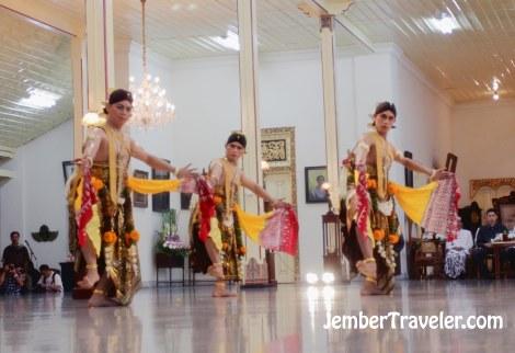 Jember Traveler Tari Klasik 06