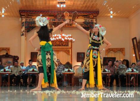 Jember Traveler Tari Klasik 11