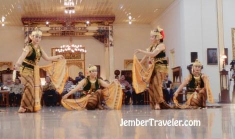Jember Traveler Tari Klasik 15