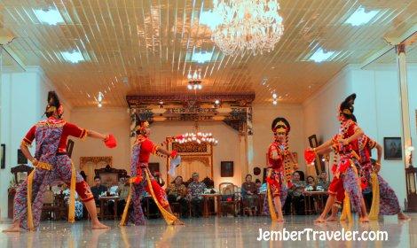 Jember Traveler Tari Klasik 19