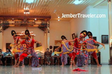 Jember Traveler Tari Klasik 20
