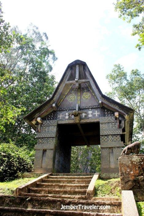 Pintu masuk area pemakaman