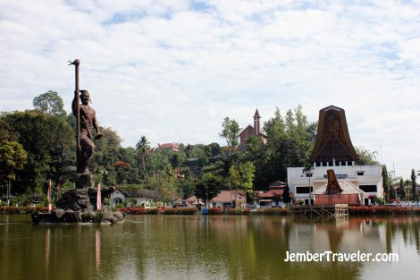 Plaza Toraja
