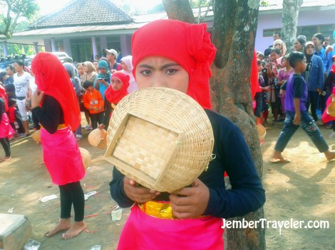 Jember Traveler Tari Petik Kopi 04