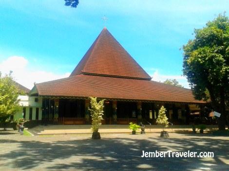 Tempat Ibadah yang berarsitektur Joglo