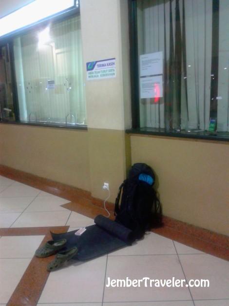 Tempat ngemper di Bandar Udara Juanda Surabaya