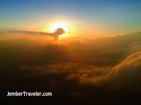 Asap kawah Gunung Bromo