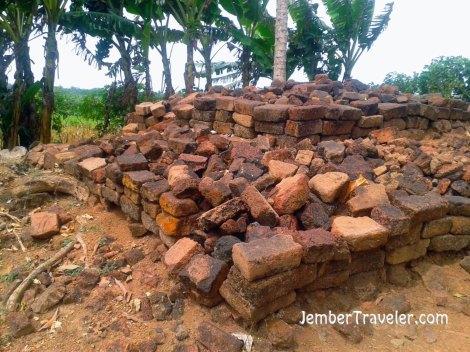 Batu bata peninggalan Majapahit