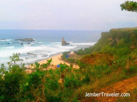 Jember Traveler Pantai Buyutan 04