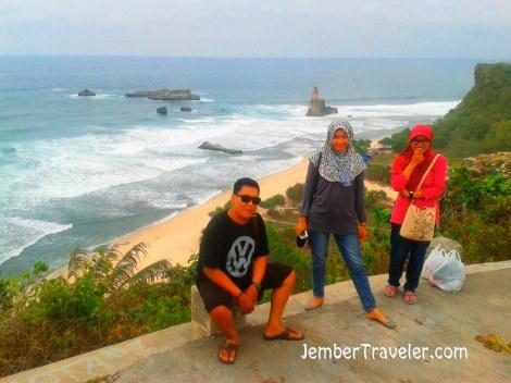 Jember Traveler Pantai Buyutan 05