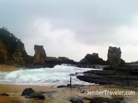 Jember Traveler Pantai Klayar 04